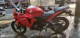 Sporty red cbr250r abs