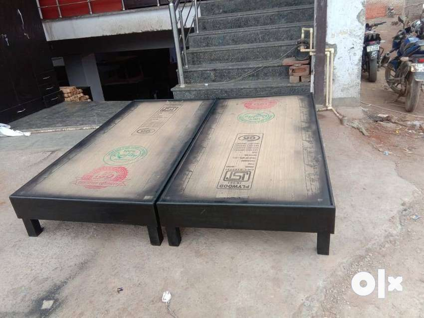Double bed 6ft by 6ft without storage king size