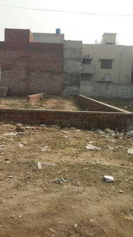 KANAL PLOT WITH SHOP FOR RENT
