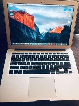 Macbook Air 2017 LIKE NEW 99%