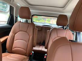 Mg hector plus sharp dct 6 seater top model only driven 1100kms