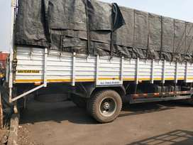 Ashok Leyland tempo with full body ,clean flor in body