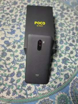 POCO F1 (8GB/256GB) Armoured Edition