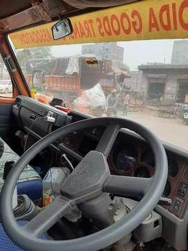 Swaraj Mazda 14 feet center truck