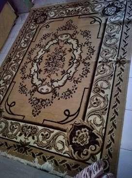 Karpet permadani tebal merk almaya