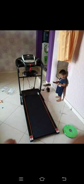 Treadmill elektrik Dua Fungsi Best Home use