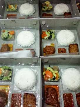 Nasi kotak melayani berbagi acara dll