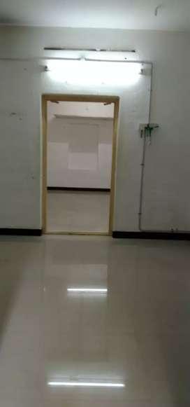 1000sq,office or gowdown ground floor at shanmugatheatre road.o at