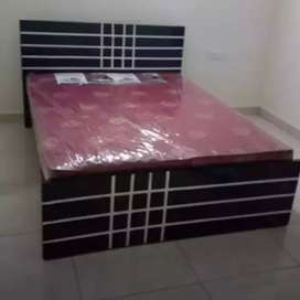 New mini double cot  +mattres 7500
