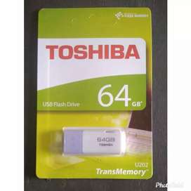 Flasdisk thosiba 64GB