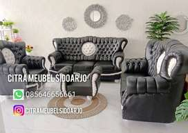 Sofa raja kancing kepangan