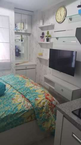 Dikontrakan apartemen green pramuka  depan mol 4 jt per bulan