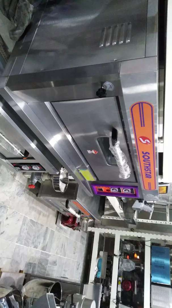Pizza oven original southstar. fryer. Counters. Hot plate etc 0