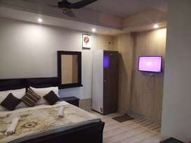 HOTEL short stay 1999 & luxury  bed rooms Night 4000 & weekly  18000