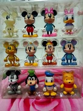 Gantungan kunci karakter Disney