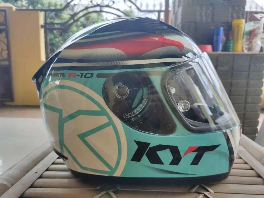 KYT R10 Size L (XL/XXL masuk) 0