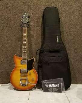 Gitar Yamaha Revstar 720B