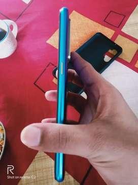 Realme xt 4gb 64 gb blue 4 month warranty left