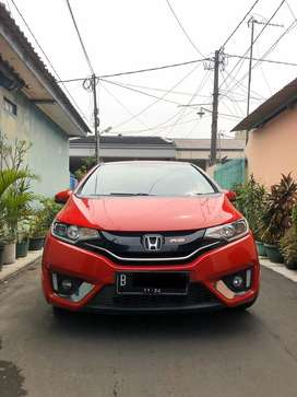 Honda jazz 2015 RS Matic merah harga cash
