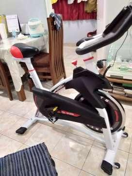 Spinning  bike sepeda statis  besar