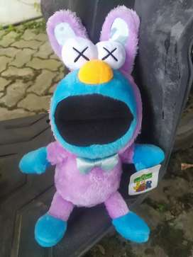 Boneka KAWS x Sesame Street Cokie Monster Bunny  Hoddie