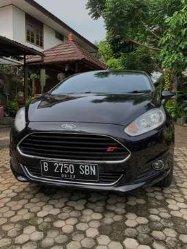 Ford Fiesta 1.6 S Km 47rb 2011 upgrade 2015