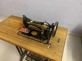 Sewing machine - regular type