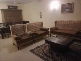 Room and apartment for rent on daily and hour basis for rent