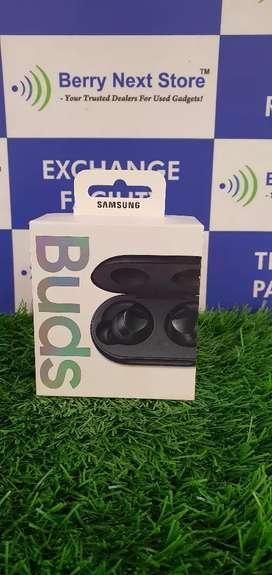 New Sealed - Samsung Galaxy Buds - 1 Year Warranty