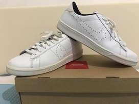 Nike Classic 42