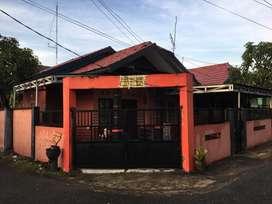 Dijual Rumah + isinya