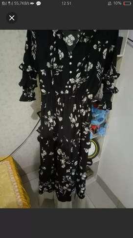 Dress bangkok black