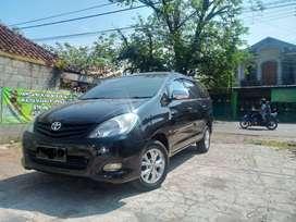 [OLX Autos] Toyota Kijang Innova 2.0 E A/T 2011 Hitam #MOARR