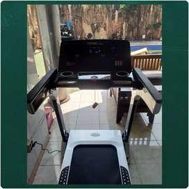Alat Olahraga Lari Treadmill Elektrik TL 166 Fitur Lengkap