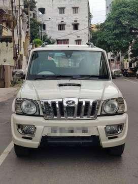 Mahindra Scorpio VLX Airbags BS III, 2014, Diesel