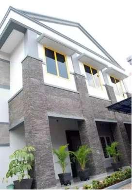 Dijual Cepat Gedung Strategis Dan Luas Di Tebet Jakarta Selatan