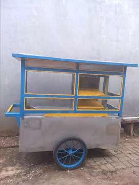 Dijual gerobak bekas tp sdh direnovasi sperti baru