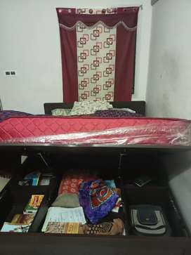 Double cot with bed