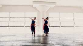 HOME DANCE CLASS