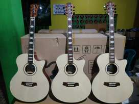 Gitar Akustik Coleclark Angle (uklaf music store)