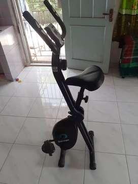 Sepeda statis merk Berwyn
