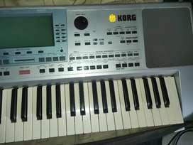 Korg PA50 SD professional arranger keyboard synthesiser