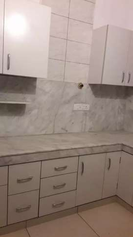 IN GREEN VALLEY 2BHK 1ST FLOOR PORTION AVIALABLE FOR RENT