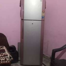 Lg  320 litre  5 star fridge good working and 3 years old