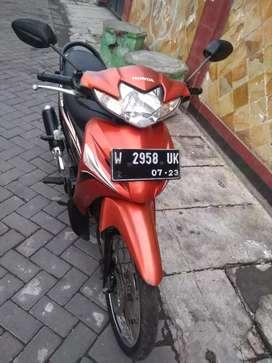 Revo 2013 lengkp PJK hidup normall jreng standrt