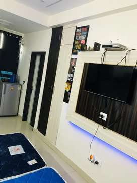 FULLY FURNISHED FOR RENT 1RK, 1BHK WITH ALL AMENITIES