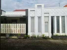 Dijual rumah cantik di karunrung raya 3 Makassar