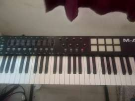 Maudio oxygen 61 keys midi usb keyboard