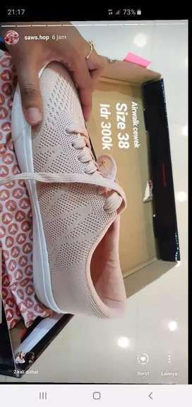 Sepatu airwalk size 38