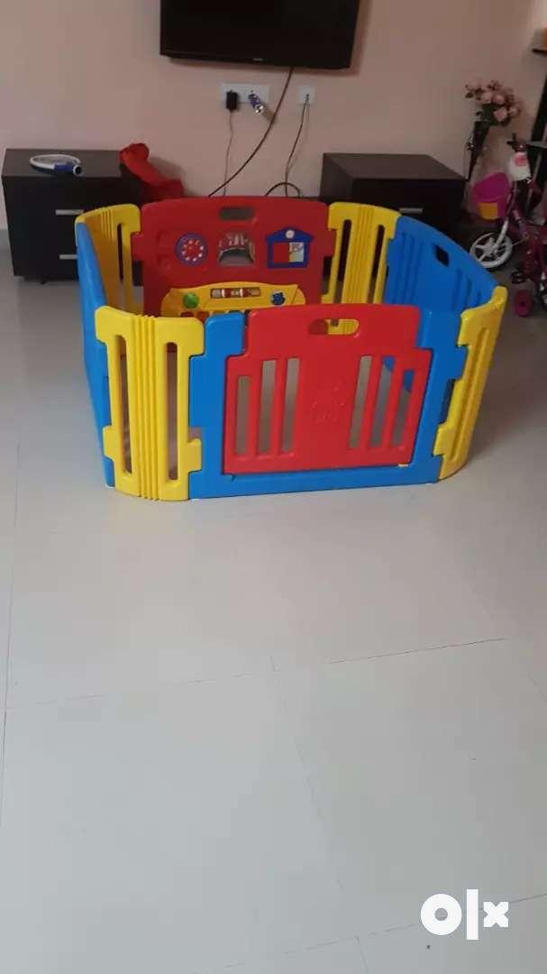 Baby Center Baby Activity Room 0